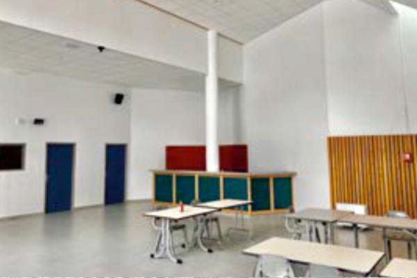 La salle de l'Albaron restructurée